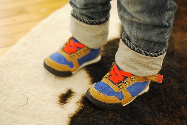 Zakupy z dzieckiem – czyli wybór butów