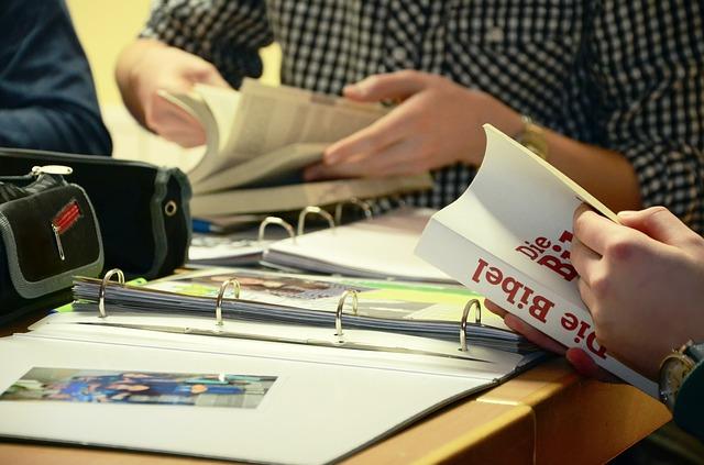 Czy warto chodzić na kursy językowe i zawodowe?