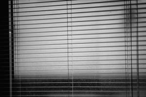 żaluzje okienne w domu