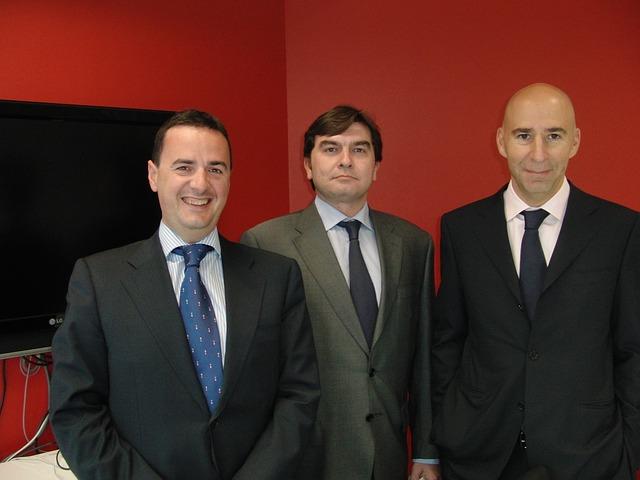 zespół prawników i radców prawnych