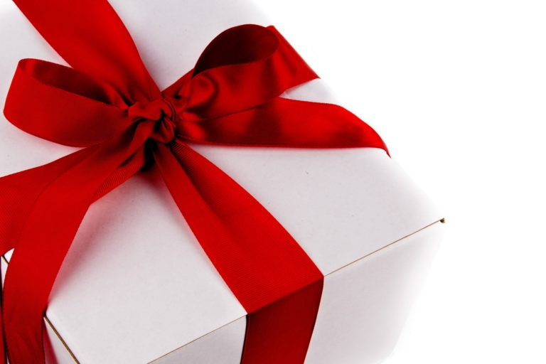 Pomysł na prezent dla żony – czy wizyta u kosmetyczki to dobry pomysł?