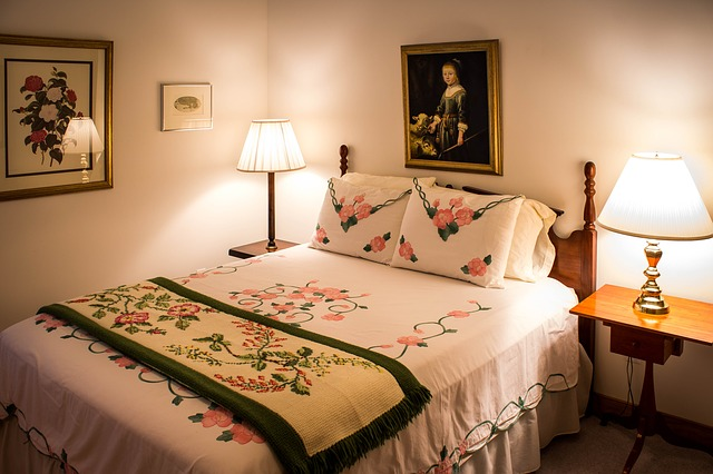 Co lepsze: łóżka sypialniane, czy tapczany?