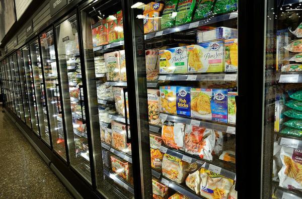Witryna przeszklona dla punktów gastronomicznych i sklepów