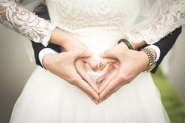 Konsultant pomocny przy organizacji ślubu