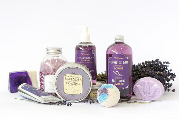 Read more about the article Kosmetyk ręcznie robiony jest ekologiczny