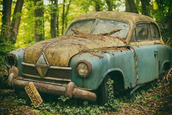 Read more about the article Szybkie złomowanie pojazdów