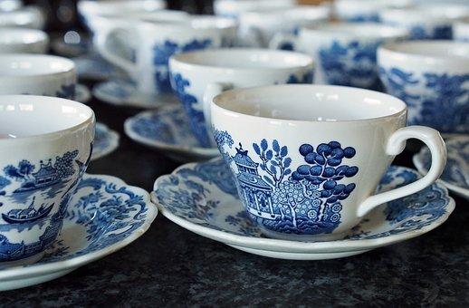 Read more about the article Skompletowanie zastawy porcelanowej